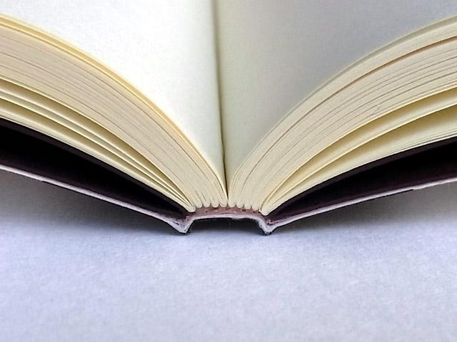 満寿屋のノート 【MONOKAKI】 開きやすさの秘密